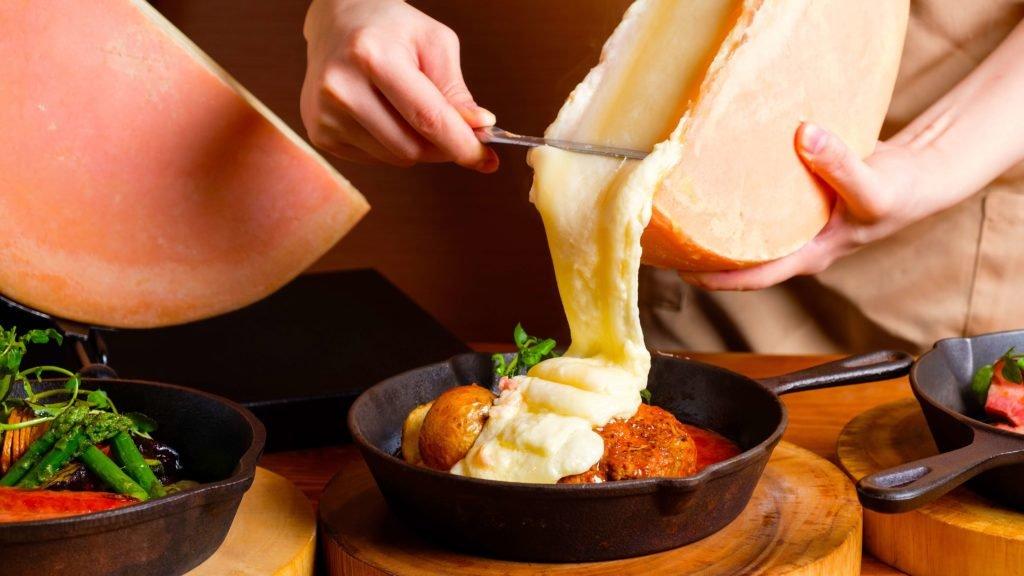 【CCCチーズチーズカフェ函館】チーズ好きのためのチーズ専門店が函館市本町にオープン!