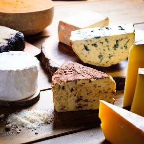 旬のお取り寄せチーズ 4〜5種盛り合わせ