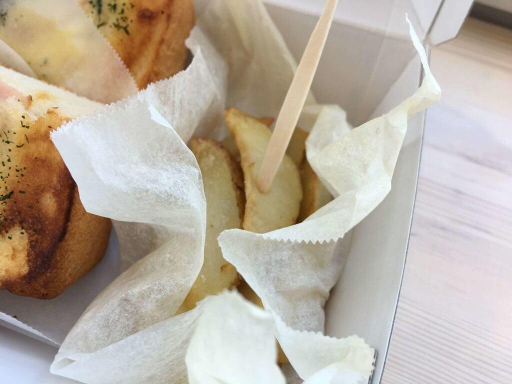 旭山コナール ハナサクカフェのハナサクトーストについてくるポテト